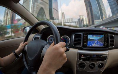 Hábitos para la conducción eficiente un coche híbrido