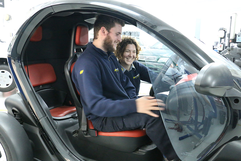 Com canviarà el negoci de l'automoció cap al vehicle elèctric i compartit?